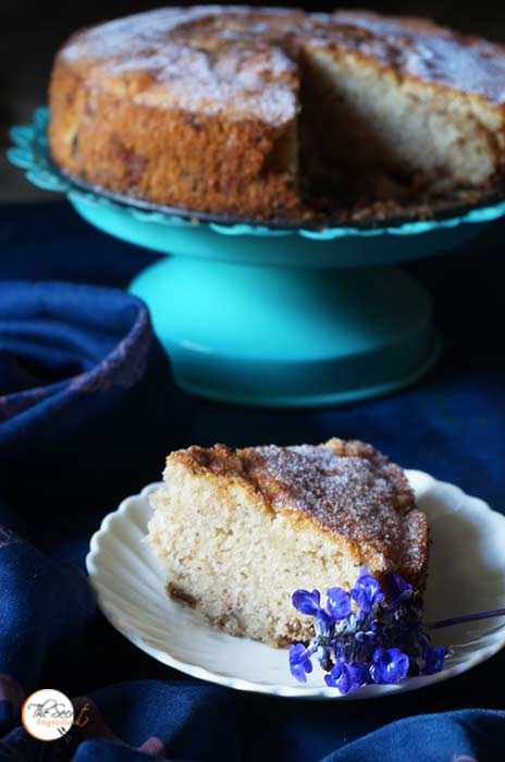 Spiced Raisin Coffee Cake