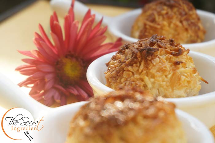 CoconutMacaroons_Featured3