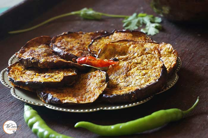 Air Fried Begun Bhaja | Baingan Bhaja | Bengali Style Spiced And Air Fried Aubergine Slices