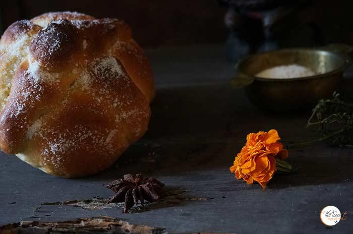 Pan De Muerto | Mexican Traditional Bread of the Dead for Dia De Muerto