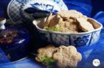 Amaranth Herbed Crackers | Gluten Free Amaranth Flour Savoury Crackers | Rajgira Namkeen Biscuit