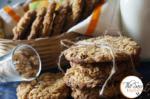 Subway Copycat Oatmeal Raisin Cookies   Eggless Oatmeal & Whole Wheat Cookies